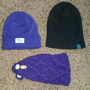 Roxy Accessories - Bundle of 2 winter beanies and headband